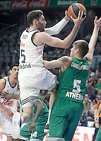Real Madrid's Rudy Fernandez (l) and Panathinaikos Athens' Vasilis Charalampopoulos during Euroleague match.January 22,2015. (ALTERPHOTOS/Acero) /NortePhoto<br />