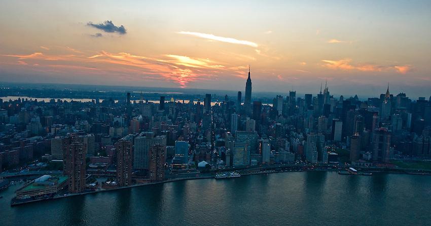 Sunset over midtown Manhattan, New York City.