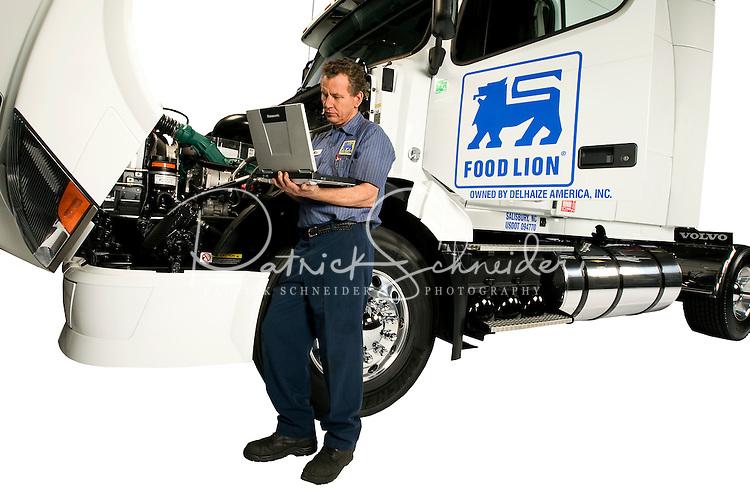 Food Lion Truck.