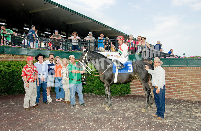 Valiant Boy SBFAR winning at Delaware Park on 6/9/12