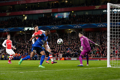 25.02.2015.  London, England. Champions League Football. Arsenal versus AS Monaco.  Arsenal's Olivier Giroud misses a good chance