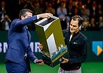 16-02-2018. 16 February 2018, Rotterdam , the Netherlands, ATP 500 Rotterdam Open. Quarter Final. Tennis. Men. Roger Federer- Robin Haasse. 4-6, 6-1, 6-1.<br /> Federer reclaims the Nr 1 Title in the ATP ranking.  As the oldest player ever at 36. <br /> Left Tournament Director Richard Krajicek