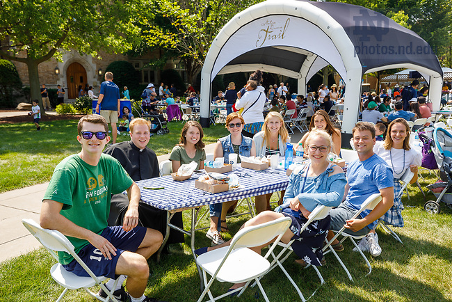 August 26, 2017; Academic year opening picnic 2017. (Photo by Peter Ringenberg/University of Notre Dame)