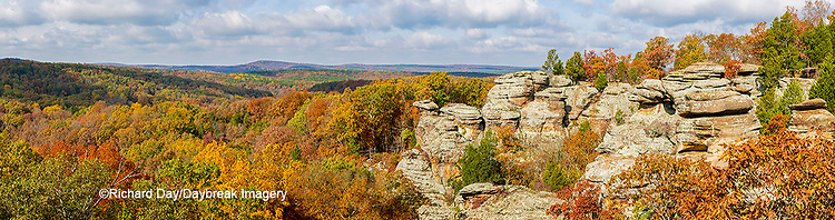 63895-15919 Camel Rock in fall color Garden of the Gods Recreation Area Shawnee National Forest IL