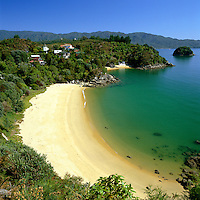 New Zealand, South Island, Abel Tasman National Park (Marahau): Beach Scene | Neuseeland, Suedinsel, Abel Tasman National Park (Marahau): Traumstrand