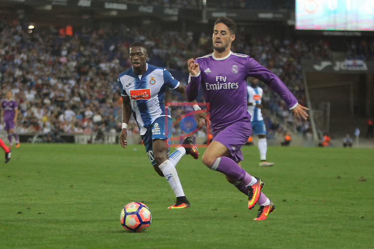 League Santander 2016/2017. Game: 4.<br /> RCD Espanyol vs R. Madrid: 0-2.<br /> Pape Diop vs Francisco Alarcon 'Isco'.