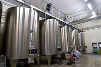 stainless steel tanks pumping over chateau fieuzal pessac leognan graves bordeaux france