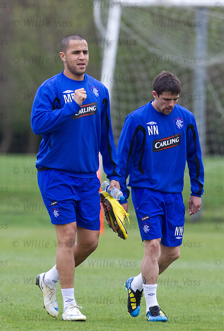 Little and large, Madjid Bougherra and Nacho Novo