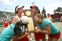 23 May 2006: Joanna Kao, Alice Barnes, Jessica Leck and Amber Liu kiss the trophy after Stanford's 4-1 win over the Miami Hurricanes in the 2006 NCAA Division 1 Women's Tennis Team Championships at the Taube Family Tennis Stadium in Stanford, CA.