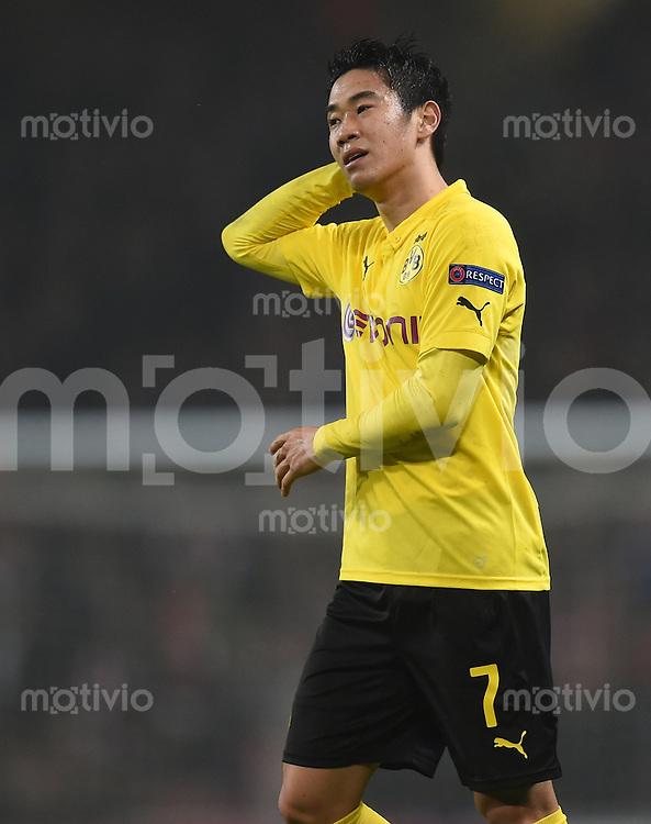 FUSSBALL   CHAMPIONS LEAGUE   SAISON 2014/2015   VORRUNDE Arsenal London - Borussia Dortmund      26.11.2014 Shinji Kagawa (Borussia Dortmund)  enttaeuscht