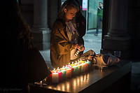 Kim Wall candle lit vigil at LSE 18-9-17 Friends and colleagues of the Swedish journalist mark a month since her disappearance and the subsequent discovery of her body in Danmark. Danish inventor Peter Madsen remains in custody over her death.