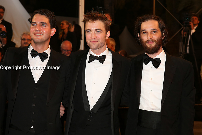 DIRECTOR BENNY SAFDIE, ROBERT PATTINSON AND DIRECTOR JOSH SAFDIE - RED CARPET OF THE FILM 'GOOD TIME' AT THE 70TH FESTIVAL OF CANNES 2017 # 70EME FESTIVAL DE CANNES - REDCARPET 'GOOD TIMES'