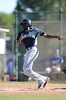 Seattle Mariners outfielder Gabriel Guerrero (10) during an instructional league game against the Kansas City Royals on October 2, 2013 at Surprise Stadium Training Complex in Surprise, Arizona.  (Mike Janes/Four Seam Images)