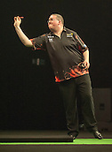 09.04.2015. Sheffield, England. Betway Premier League Darts. Matchday 10.  Stephen Bunting [ENG] in action during his game with Michael van Gerwen [NED]