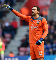 Southampton's Alex McCarthy <br /> <br /> Photographer David Horton/CameraSport<br /> <br /> The Premier League - Southampton v Chelsea - Saturday 14th April2018 - St Mary's Stadium - Southampton<br /> <br /> World Copyright &copy; 2018 CameraSport. All rights reserved. 43 Linden Ave. Countesthorpe. Leicester. England. LE8 5PG - Tel: +44 (0) 116 277 4147 - admin@camerasport.com - www.camerasport.com