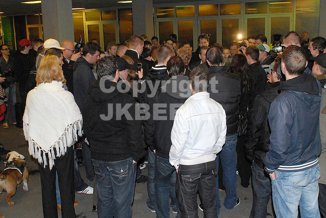 GRONINGEN - Voetbal, FC Groningen -  De Graafschap, Eredivisie, stadion Euroborg, seizoen 2011-2012, 27-04-2012 Directeur Hans Nijland na de wedstrijd in gesprek met supporters bij de hoofdingang.