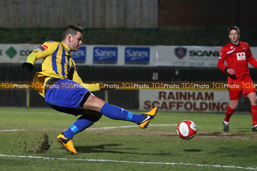 Tom Richardson in action for Romford - Romford vs AFC Sudbury - Ryman League Division One North Football at Ship Lane, Thurrock FC - 27/03/13 - MANDATORY CREDIT: Gavin Ellis/TGSPHOTO - Self billing applies where appropriate - 0845 094 6026 - contact@tgsphoto.co.uk - NO UNPAID USE.