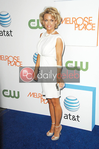 Kelly Carlson<br />at the 'Melrose Place' Premiere Party. Melrose Place, Los Angeles, CA. 08-22-09<br />Dave Edwards/DailyCeleb.com 818-249-4998