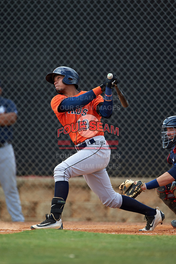 Houston Astros right fielder Carlos Machado (19) during an Instructional League game against the Atlanta Braves on September 26, 2016 at Osceola County Stadium Complex in Kissimmee, Florida.  (Mike Janes/Four Seam Images)