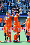 The Hague, Netherlands, June 01: Players of The Netherlands during national anthem and before the field hockey group match (Men - Group B) between The Netherlands and Argentina on June 1, 2014 during the World Cup 2014 at Kyocera Stadium in The Hague, Netherlands. Final score 3:1 (1:1) (Photo by Dirk Markgraf / www.265-images.com) *** Local caption ***