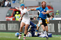 Rugby, Torneo delle Sei Nazioni: Italia vs Inghilterra. Roma, 14 febbraio 2016.<br /> England's Jack Nowell, left, and Italy's Gonzalo Garcia in action during the Six Nations rugby union international match between Italy and England at Rome's Olympic stadium, 14 February 2016.<br /> UPDATE IMAGES PRESS/Riccardo De Luca
