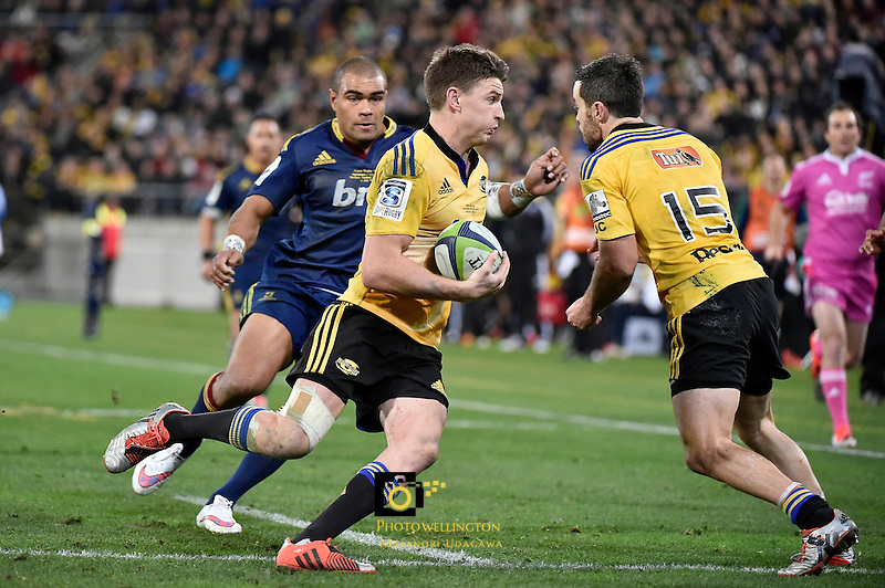 Beaded Barrett in action during the Super Rugby Final - Hurricanes v Highlanders at Westpac Stadium, Wellington, New Zealand on Saturday 4 July 2015.<br /> Photo by Masanori Udagawa. <br /> www.photowellington.photoshelter.com.