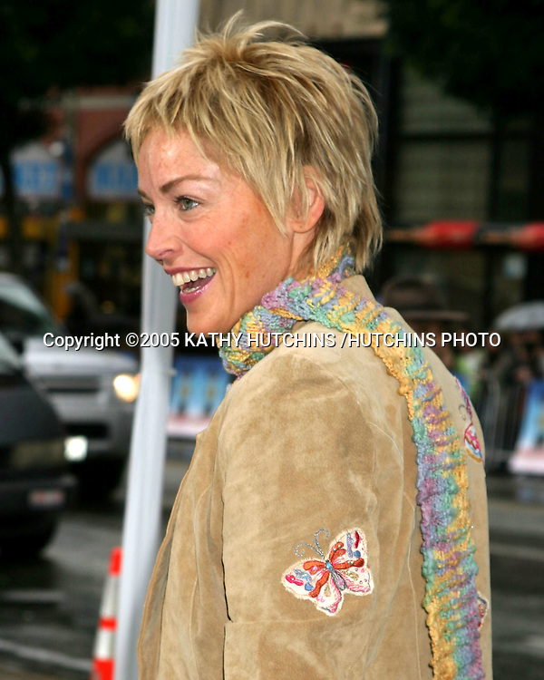 ©2005 KATHY HUTCHINS /HUTCHINS PHOTO.PREMIERE OF RACING STRIPES.GRAUMAN'S CHNESE THEATER.HOLLYWOOD, CA.JANUARY 8, 2005..SHARON STONE