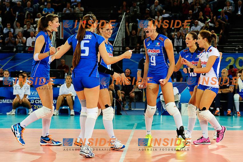 Italia vs Rep. Dominicana<br /> Esultanza ITA<br /> FIVB Volleyball Women's World Championship Italy 2014 <br /> Rome 25-09-2014 Palaeur Foto F.Pasquali/Insidefoto