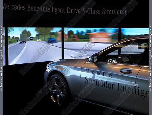 Mercedes-Benz Intelligent Drive S-Class Simulator