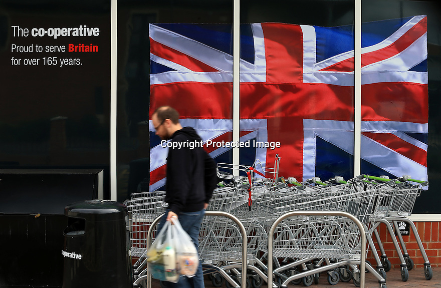 03/09/15<br /> <br /> Photo shows Co-operative Food store on Ashbourne Road, Derby today.<br /> <br /> The Co-operative Group has warned that costs associated with its Rebuild programme and pension scheme will hit full-year profits.<br /> <br /> All Rights Reserved: F Stop Press Ltd. +44(0)1335 418629   www.fstoppress.com.