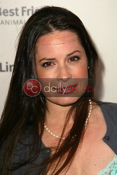 Holly Marie Combs<br /> at the 2005 Annual Lint Roller Party by Best Friends Animal Society, Hollywood Roosevelt Hotel, Hollywood, CA 05-06-05<br /> David Edwards/DailyCeleb.Com 818-249-4998