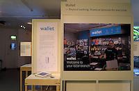 Wallet, Klaudia Doerffer, Service Design, 2016