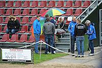 FIERLJEPPEN: IT HEIDENSKIP: 29-06-2016, 1e klasse wedstrijd fierleppen, afgelast wegens regen, ©foto Martin de Jong