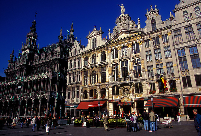 People, Guild Houses, Grand Place, city of Brussels, Brussels Capital Region, Belgium, Europe