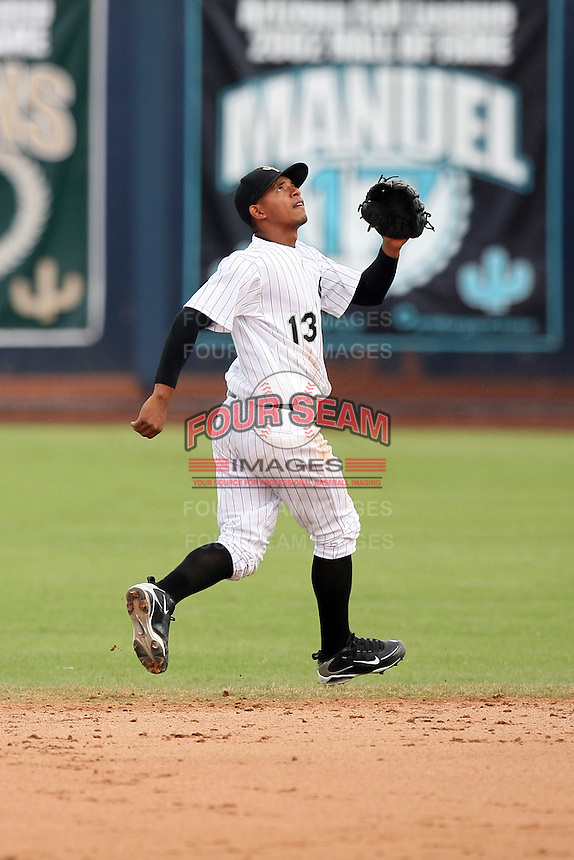 Eduardo Escobar - Peoria Saguaros - 2010 Arizona Fall League.Photo by:  Bill Mitchell/Four Seam Images..