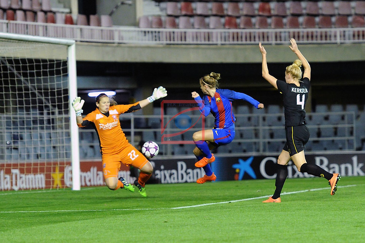 UEFA Women's Champions League 2016/2017.<br /> Round of 16 - First Leg<br /> FC Barcelona vs Twente: 1-0.<br /> Lorsheyd, Barbara Latorre &amp; Kerkdijk.