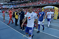 CALI - COLOMBIA, 21-04-2019: Jugadores del América y Millonarios ingresan al campo de juego previo al partido por la fecha 17 de la Liga Águila I 2019 entre América de Cali y Millonarios jugado en el estadio Pascual Guerrero de la ciudad de Cali. / Players of America and Millonarios go inside the field prior the match for the date 17 as part of Aguila League I 2019 between America Cali and Millonarios played at Pascual Guerrero stadium in Cali. Photo: VizzorImage / Gabriel Aponte / Staff