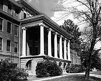 Old Main in 1950s (© Mississippi State University)