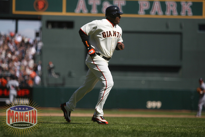 Barry Bonds. Baseball: Atlanta Braves vs San Francisco Giants at AT&T Park in San Francisco on April 6, 2006. Photo by Brad Mangin
