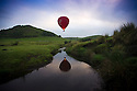 2016_09_20_BALLOON_ABOVE_DOVE