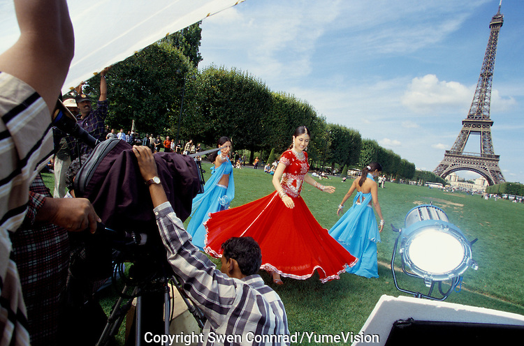 Actress Kareena Kapoor at the Eiffel tower in Paris France, for the shooting of the Bollywood film ''Live only for you''