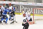 Greg Mauldin (Nr.20, ERC Ingolstadt), Sebastian Uvira (Nr.93, Koelner Haie), Thomas Greilinger (Nr.39, ERC Ingolstadt), Torwart Gustaf Wesslau (Nr.29, Koelner Haie) beim Spiel in der DEL, ERC Ingolstadt (blau) - Koelner Haie (weiss).<br /> <br /> Foto &copy; PIX-Sportfotos *** Foto ist honorarpflichtig! *** Auf Anfrage in hoeherer Qualitaet/Aufloesung. Belegexemplar erbeten. Veroeffentlichung ausschliesslich fuer journalistisch-publizistische Zwecke. For editorial use only.