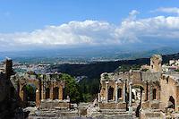 Griechisch-römisches Theater Teatro Greco in Taormina, Sizilien, Italien
