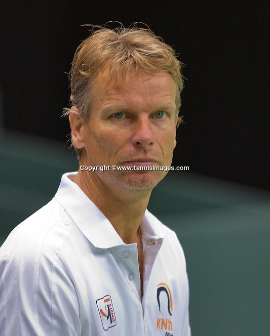 Switserland, Genève, September 16, 2015, Tennis,   Davis Cup, Switserland-Netherlands, Practise Dutch team, Captain Jan Siemerink <br /> Photo: Tennisimages/Henk Koster