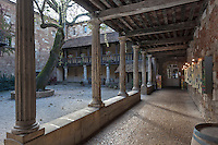 Europe/France/Aquitaine/24/Dordogne/Bergerac:Le Cloître des Récollets qui abrite la Maison des Vins de Bergerac et le Musée régional du Vin et de la batellerie