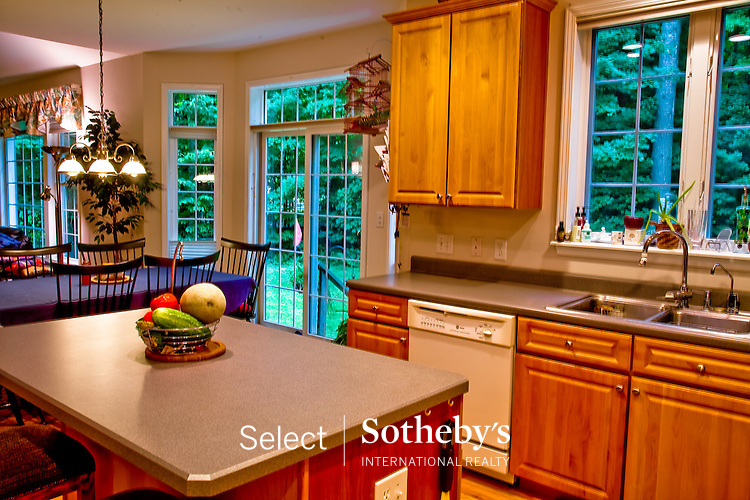 Offered for sale by Select Sotheby's International Realty [http://www.selectsothebysrealty.com] Owner/Broker John A. Burke Jr.