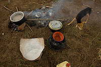 Food preperation in Nyori refugee camp.