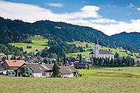 Austria, Vorarlberg, Alberschwende: with parish church St. Martin | Oesterreich, Vorarlberg, Alberschwende: Ortskern mit Pfarrkirche St. Martin