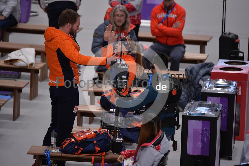 OLYMPIC GAMES: PYEONGCHANG: 16-02-2018, Gangneung Oval, Long Track, 5.000m Ladies, Remmelt Eldering (coach), Esmee Visser (NED), ©photo Martin de Jong
