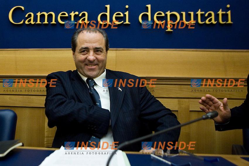 Antonio Di Pietro   ..Camera dei Deputati Conferenza stampa dell'Italia dei Valori per presentare gli Emendamenti della Manovra Finanziaria ..Photo  Insidefoto..............................